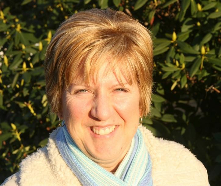 Brenda Reddick leads Aldergrove's first walk for Alzheimer Society.