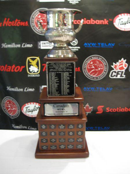 The Langley Rams and the Saskatoon Hilltops will battle for the Canadian Bowl on Nov. 10 at McLeod Park.