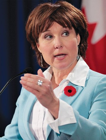 Premier Christy Clark speaks at Vancouver island economic summit in Nanaimo Wednesday.