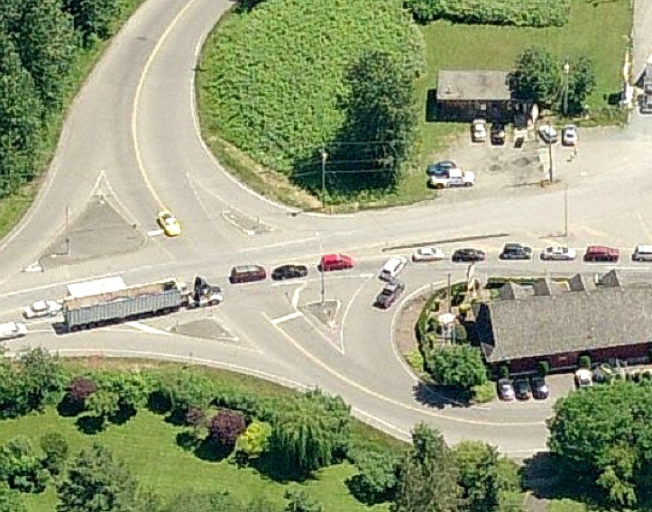Aeriel view shows vehicles from Zero Avenue pushing their way into the southbound queue for the Aldergrove border crossing.