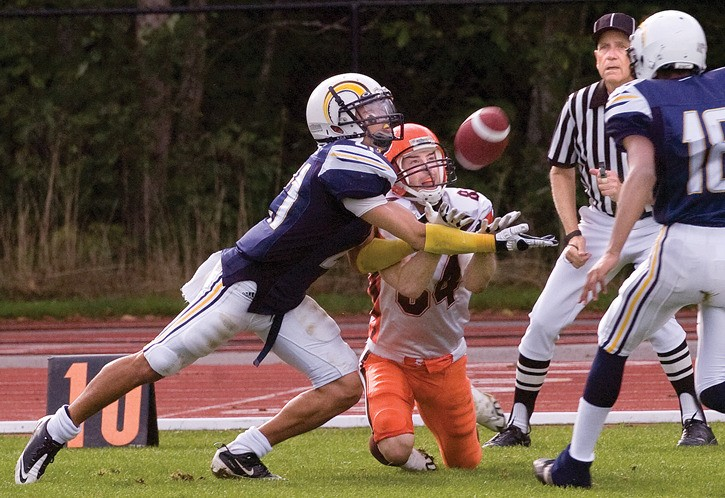 Langley Rams' defensive back Jordan Linnen (left) has earned a tryout with the B.C. Lions next month. He'll attend rookie camp in Kamloops.