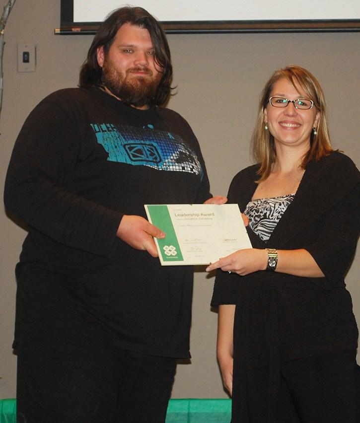 Langley's top 4H members win major awards – Langley Advance
