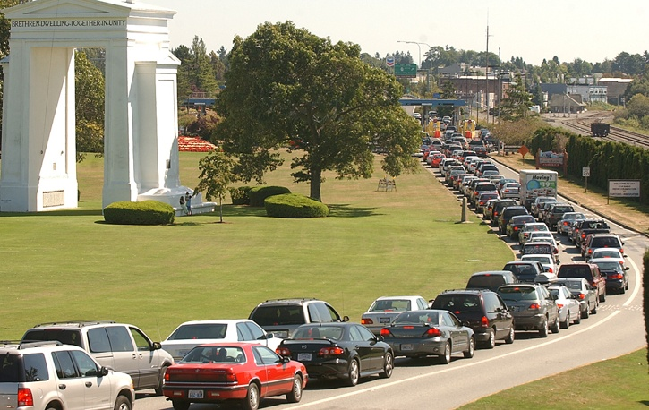 The flow of vehicles heading south to shop in the U.S. isn't what it used to be, according to the latest statistics.