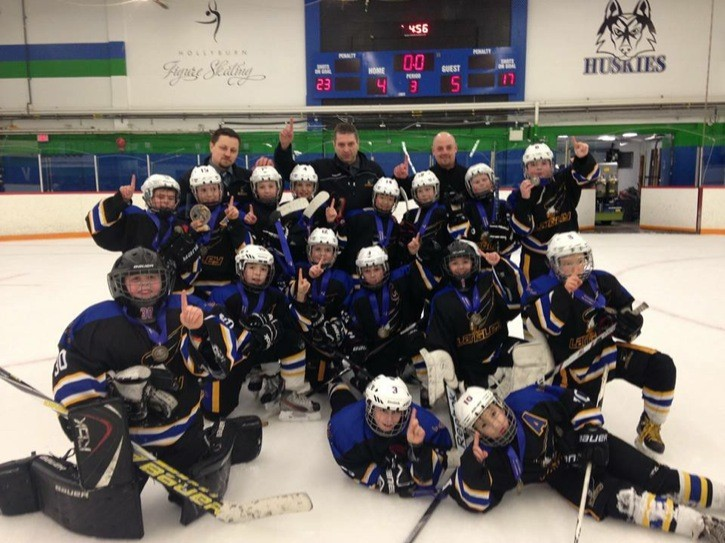 The Langley atom A2 hockey team was crowned champions of the Hollyburn New Year's atom hockey tournament in West Vancouver.