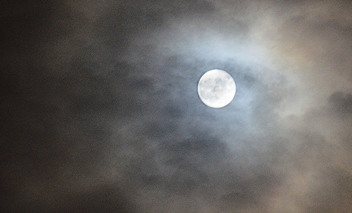 If the clouds don't cooperate for you this time around, you will have another chance next month to see the last supermoon of 2016 on Dec. 14.