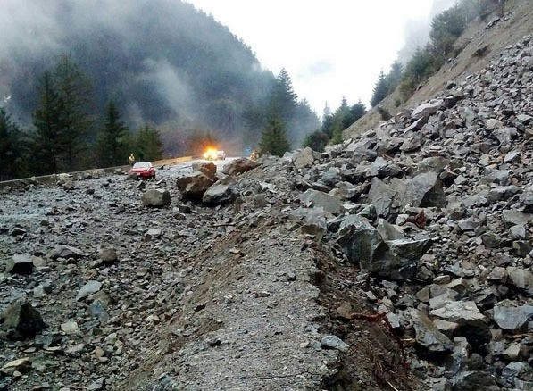A rockslide closes the Trans-Canada Highway one kilometre north of Yale.