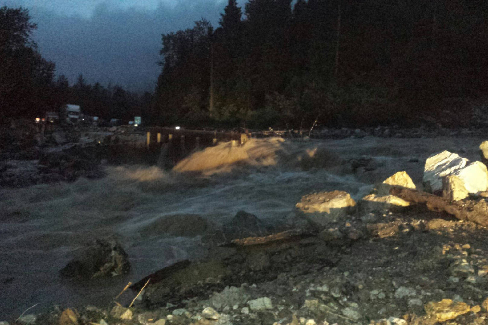 UPDATE: Trans-Canada Highway open from Revelstoke to Sicamous after washout