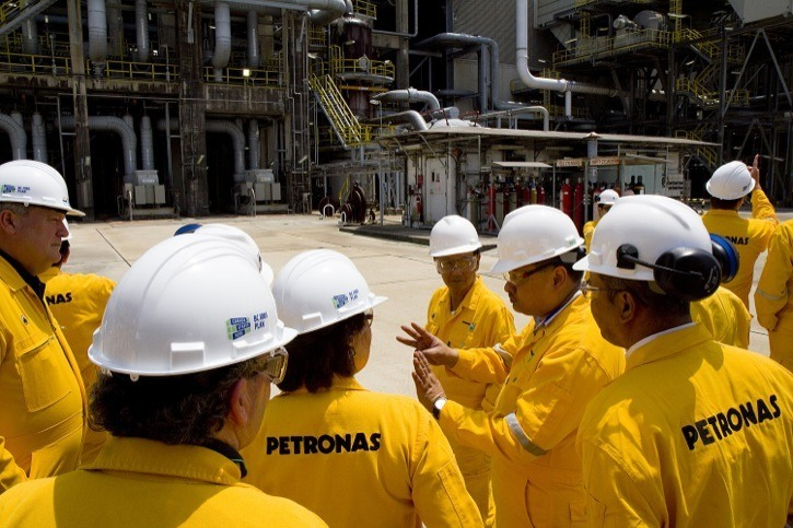 Petronas pulls out of northwest LNG project