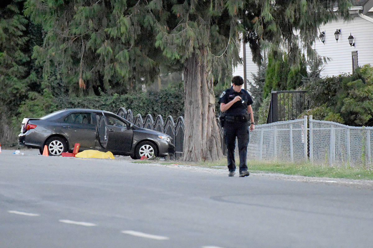 Officers were on the scene Thursday night of a fatal shooting on Gladwin Road in south Abbotsford. (Kelvin Gawley/Abbotsford News)