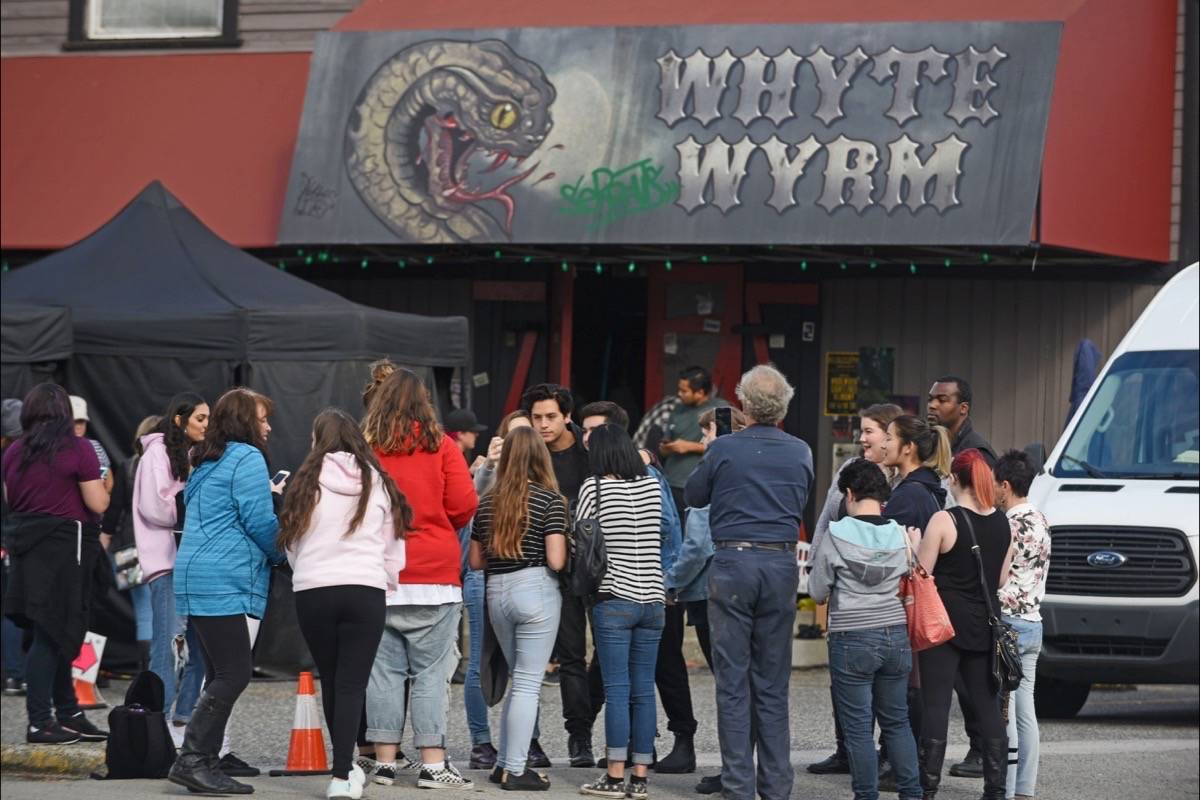 Fans of the popular television series Riverdale were rewarded for their patience on Tuesday afternoon when Cole Sprouse, who plays Jughead, stepped out to sign autographs and pose for photos. The cast was in Langley City filming at Gabbys on Fraser Highway.                                Miranda Gathercole Langley Times