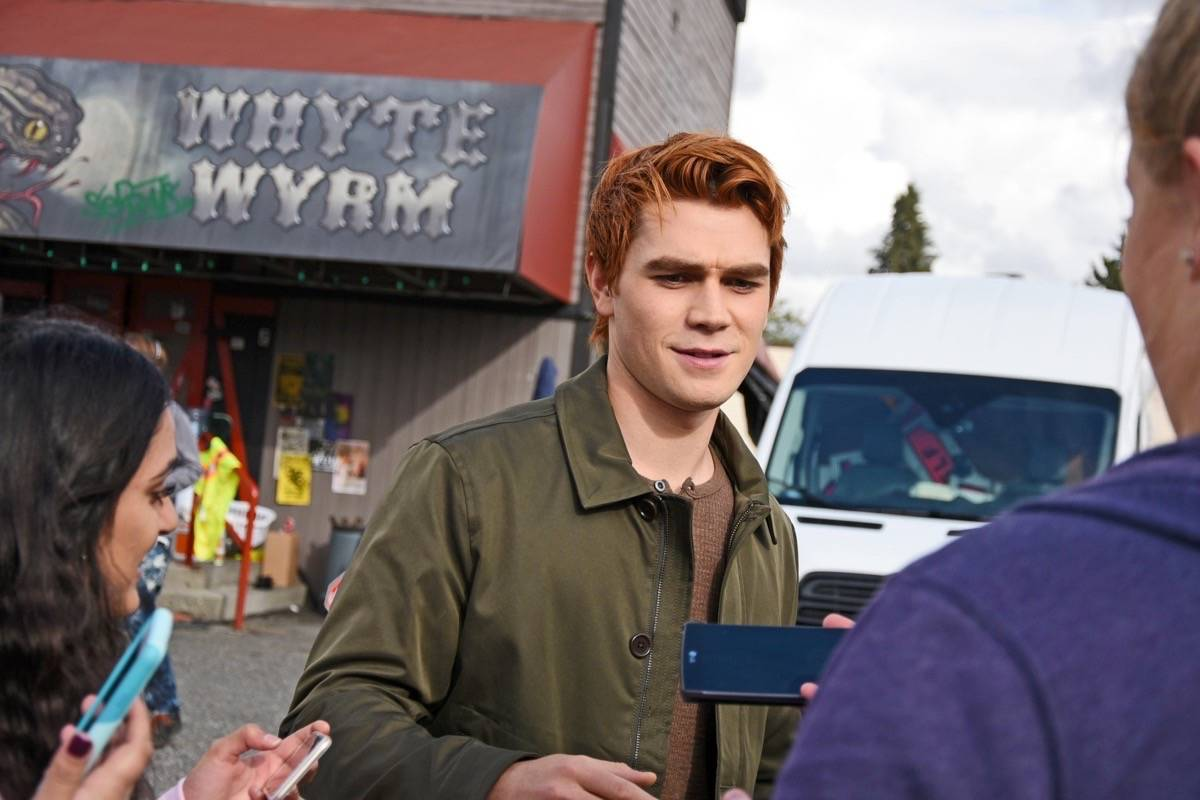 """Actor KJ Apa, who plays the character Archie in Riverdale, snapped a photo with a fan outside of Gabby's Country Cabaret, aka the """"Whyte Wyrm"""" on Sept. 19. According to the Hollywood Reporter, the actor was involved in a car crash after working a 16-hour day. Miranda Gathercole Langley Times."""