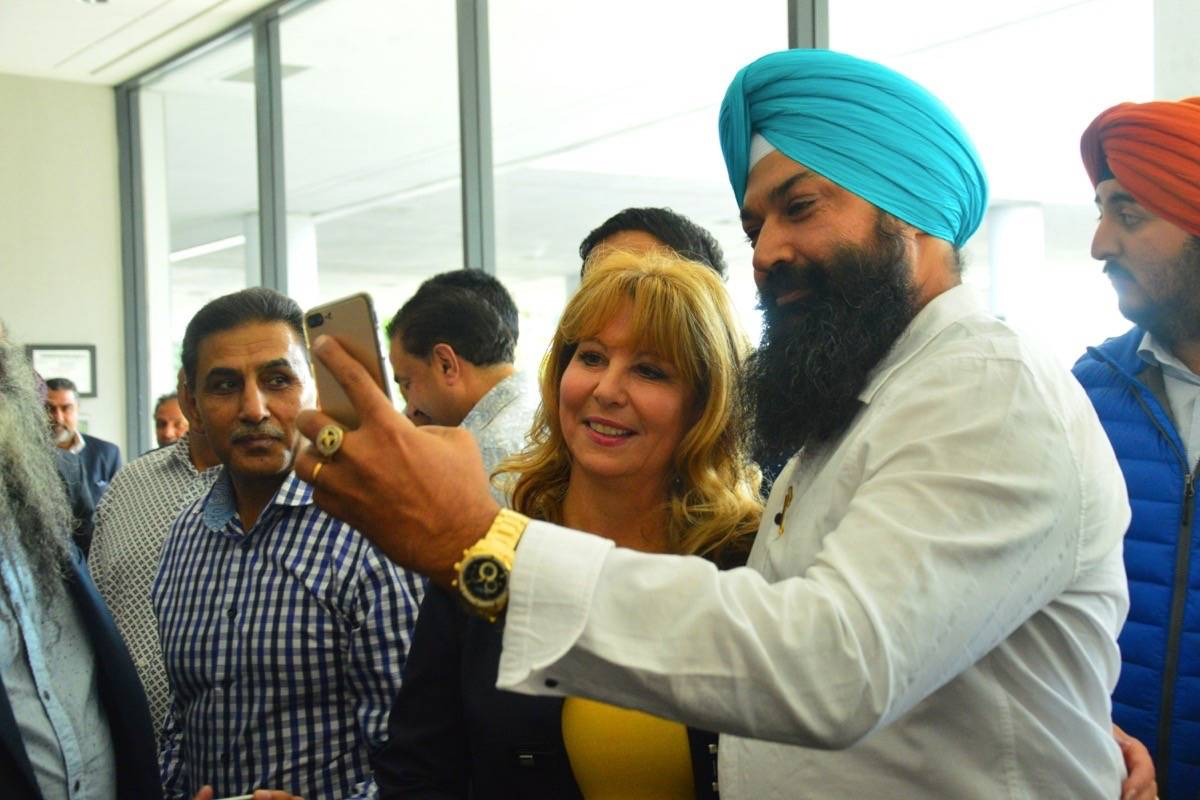 Former Surrey mayor Dianne Watts announced Liberal leadership bid
