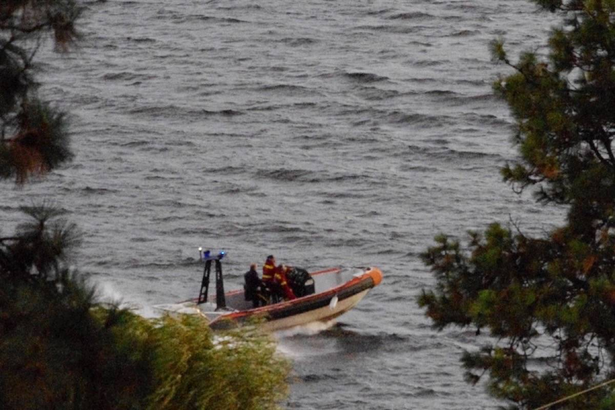 Boaters were rescued Sunday night. (Image Credit: Dave Ogilvie)