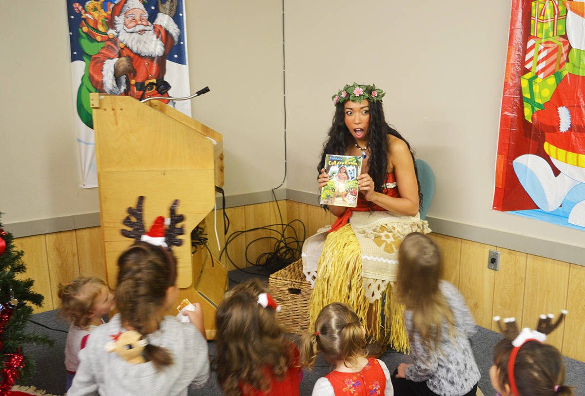 Santa, Moana drop in on Aldergrove children's party: PHOTOS