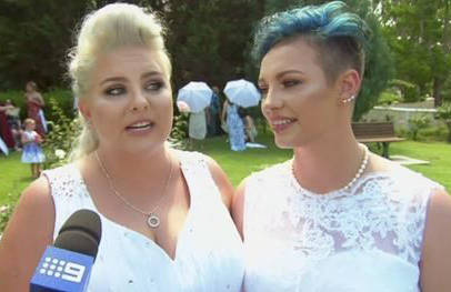 2 couples tie the knot in Australia's 1st same-sex weddings