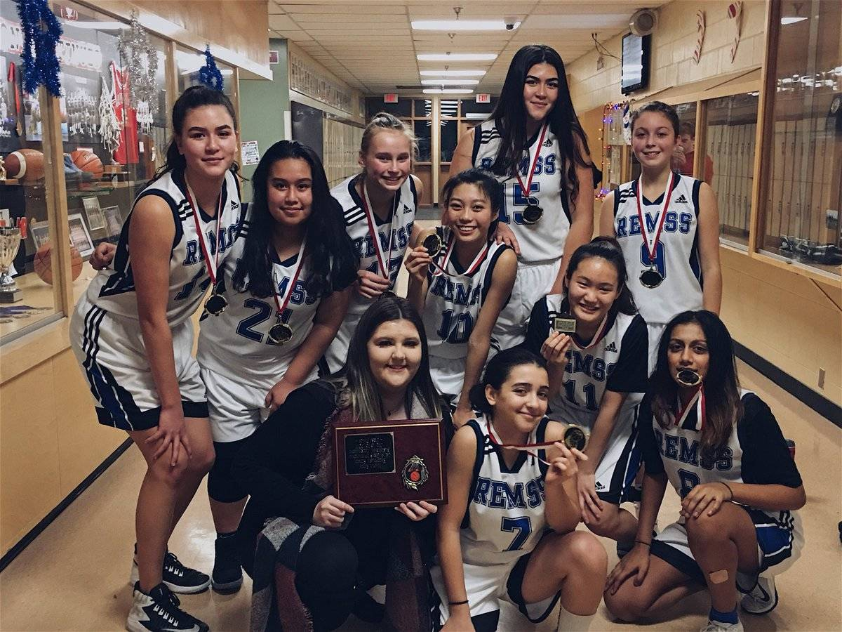 Langley's Mountain Eagles soar to gold in Maple Ridge