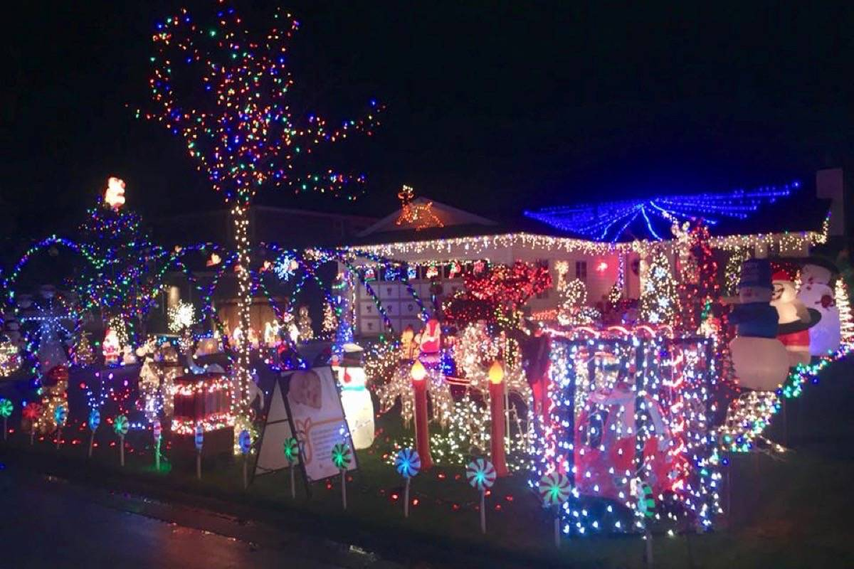 The Bonneteaus have raised funds for charity with their annual light display for six years. This year, the funds will go towards the Surrey Memorial neonatal intensive care unit. (Andrea Bonneteau/ Facebook)