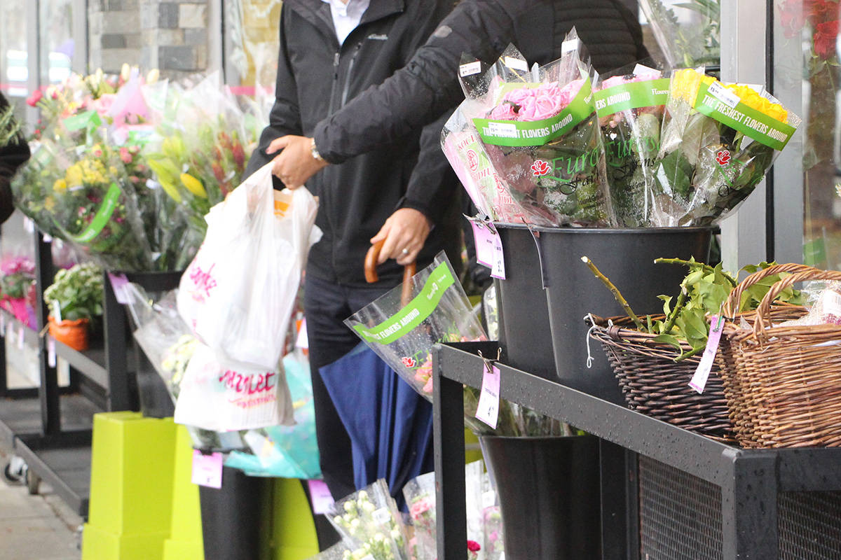 Victoria's plastic bag ban has been adopted. The City will begin enforcing it in July 2018. (Lauren Boothby/VICTORIA NEWS)