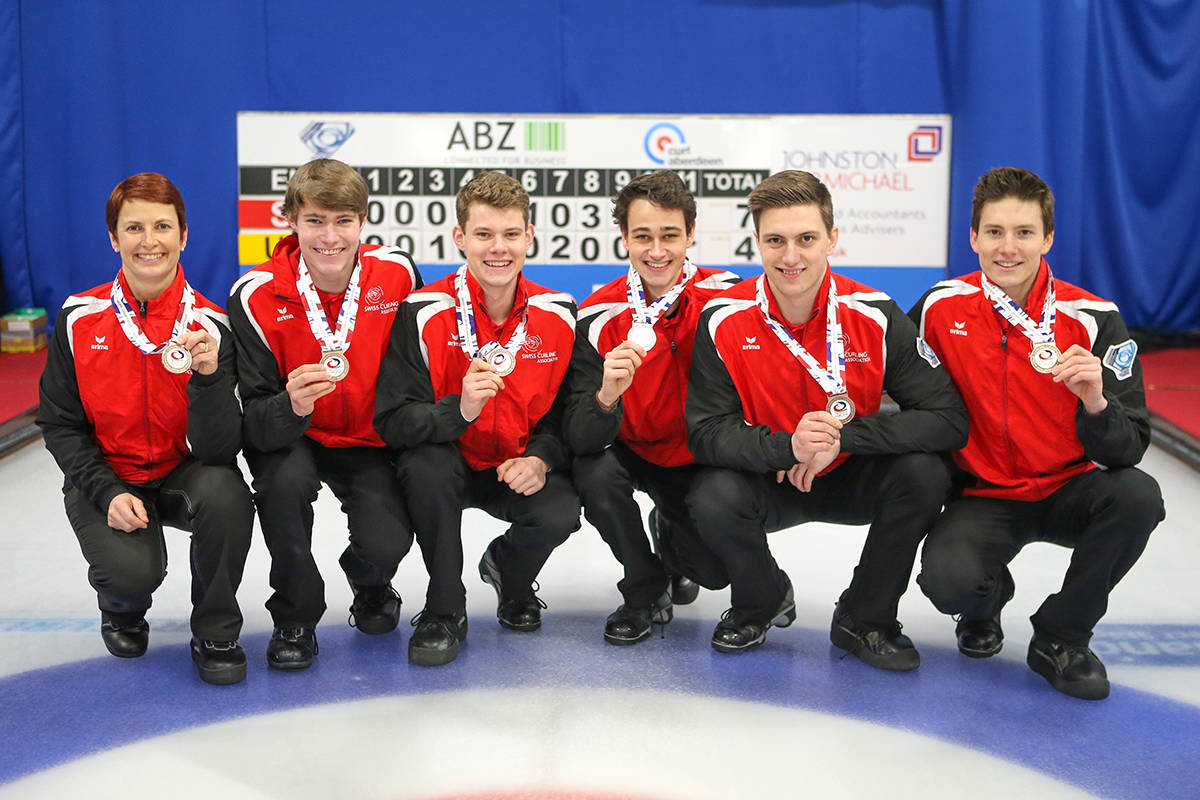 Tardi rink takes care of business, grabs gold