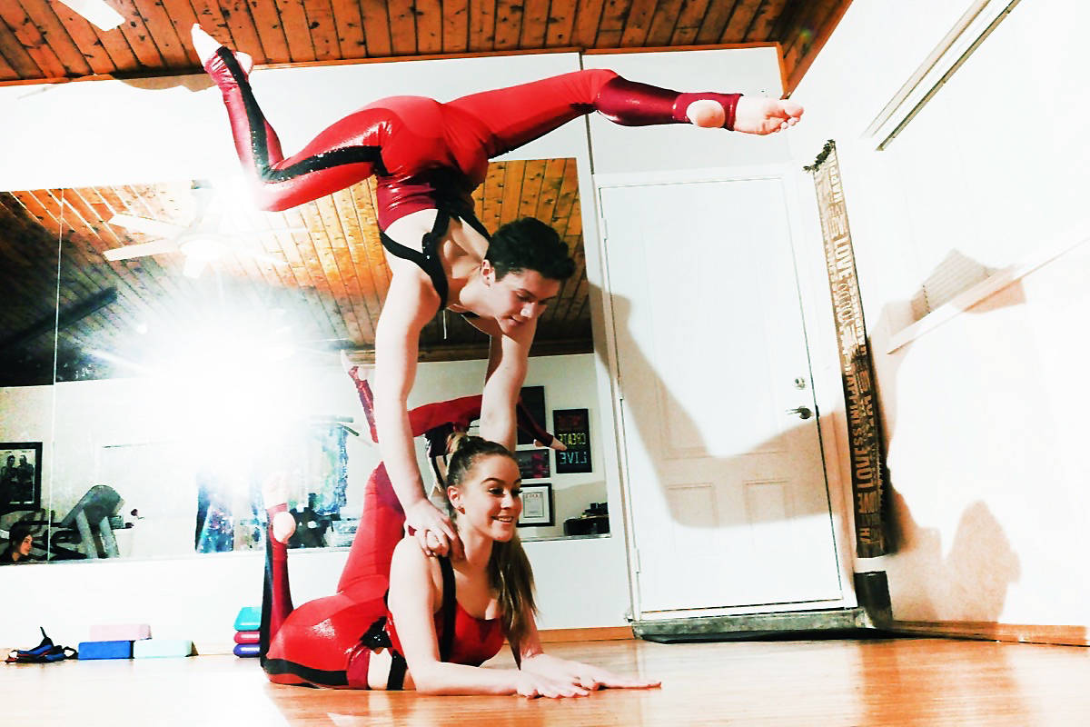Contortionists Malin Niklasson, 16, bottom, and Cooper Yarosloski, 15, top, are auditioning for the popular television show America's Got Talent. (Colleen Flanagan/THE NEWS)