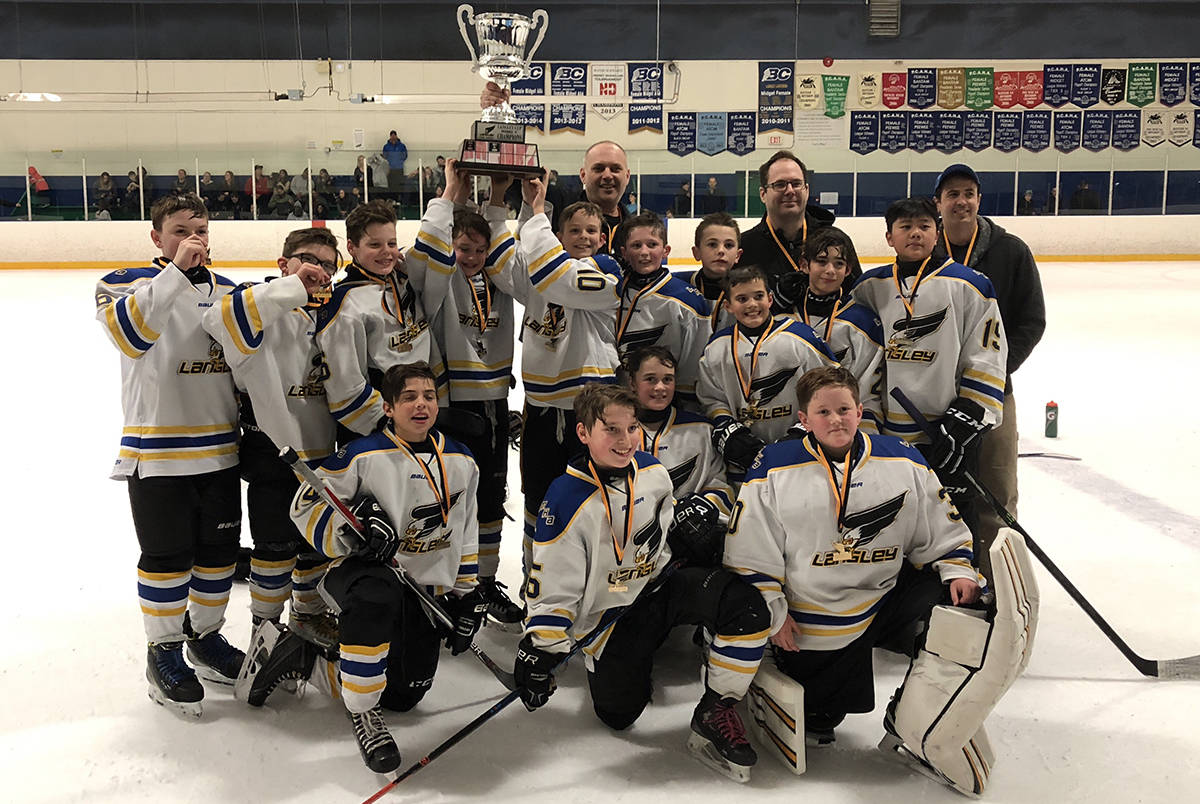 Doggers take down top two teams, capture peewee Langley Cup
