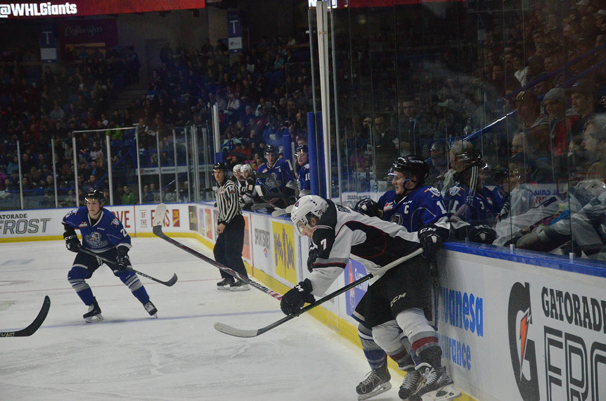 VIDEO: Giants fall flat against Royals