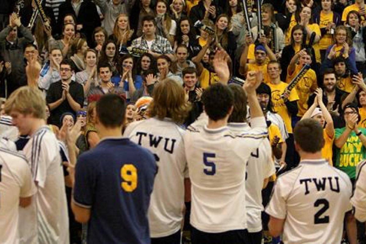 Past versus present as Spartans volleyball program takes the court