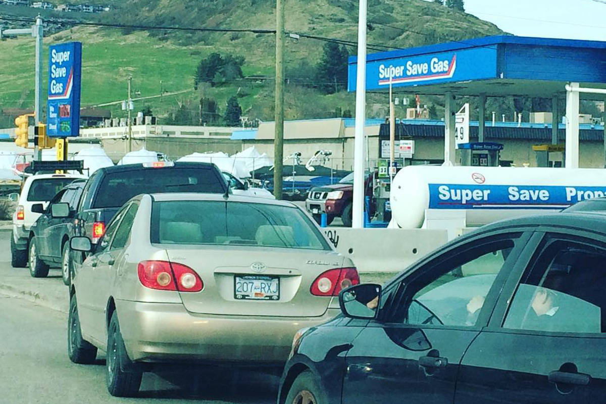 Drivers line up for $109.9 gas at the Super Save station at 25th Avenue and 43rd Street in Vernon Thursday afternoon. (Jennifer Smith/Morning Star)