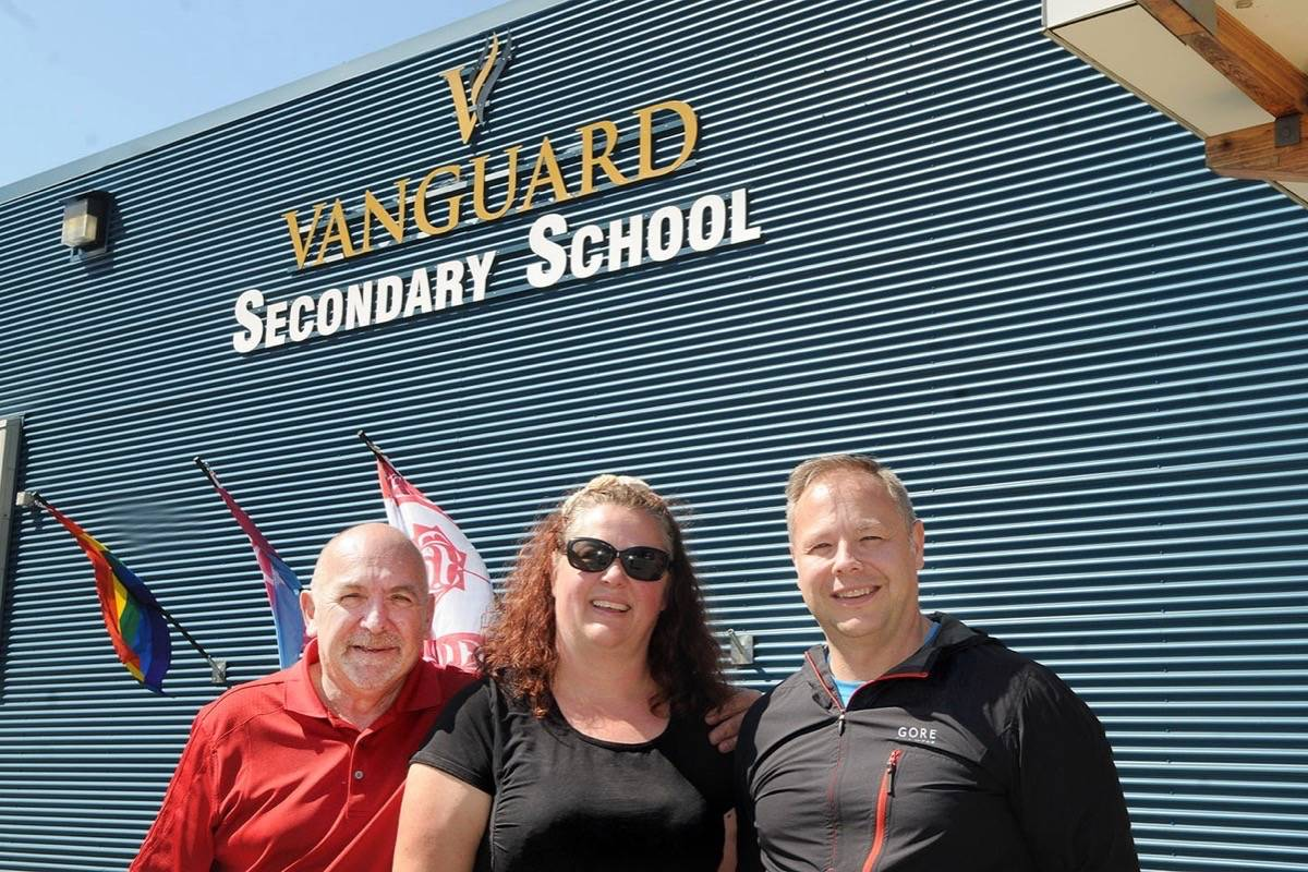 Call for cars, attendees to join Vanguard Secondary grad fundraiser