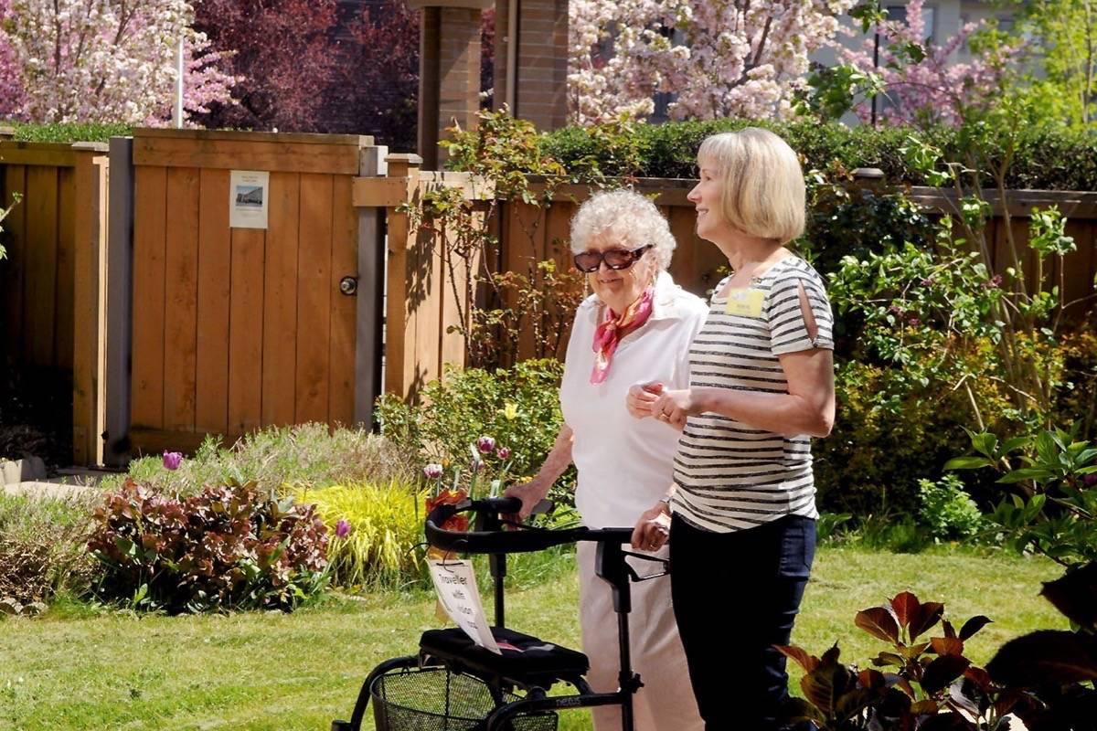 Dedicated volunteers connect seniors seeking friendships