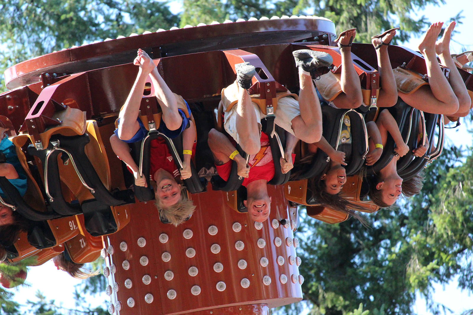 Thrill-seekers live the Roundup ride at Cultus Lake Adventure Park!