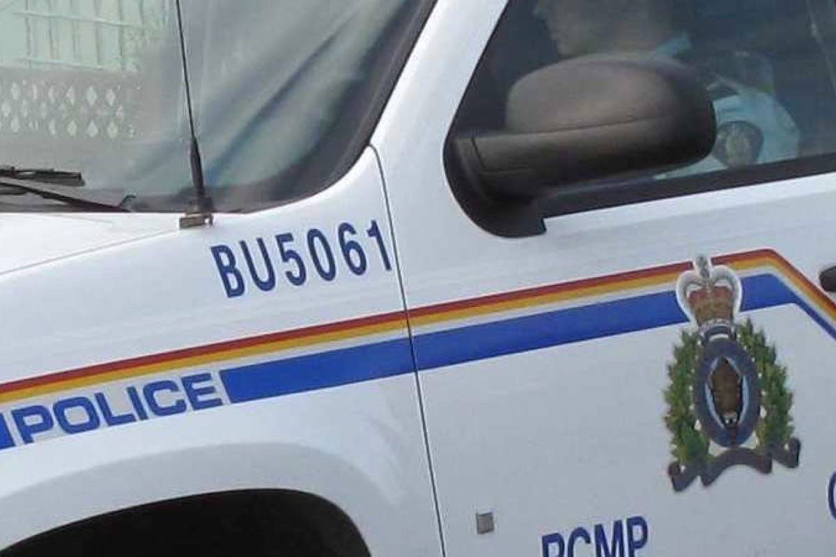 UPDATED: Burnaby Mountie left with broken arm after hit-and-run