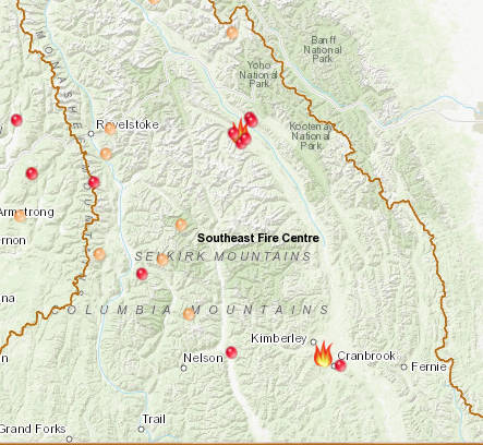 Two significant wildfires burning in southeastern B.C.
