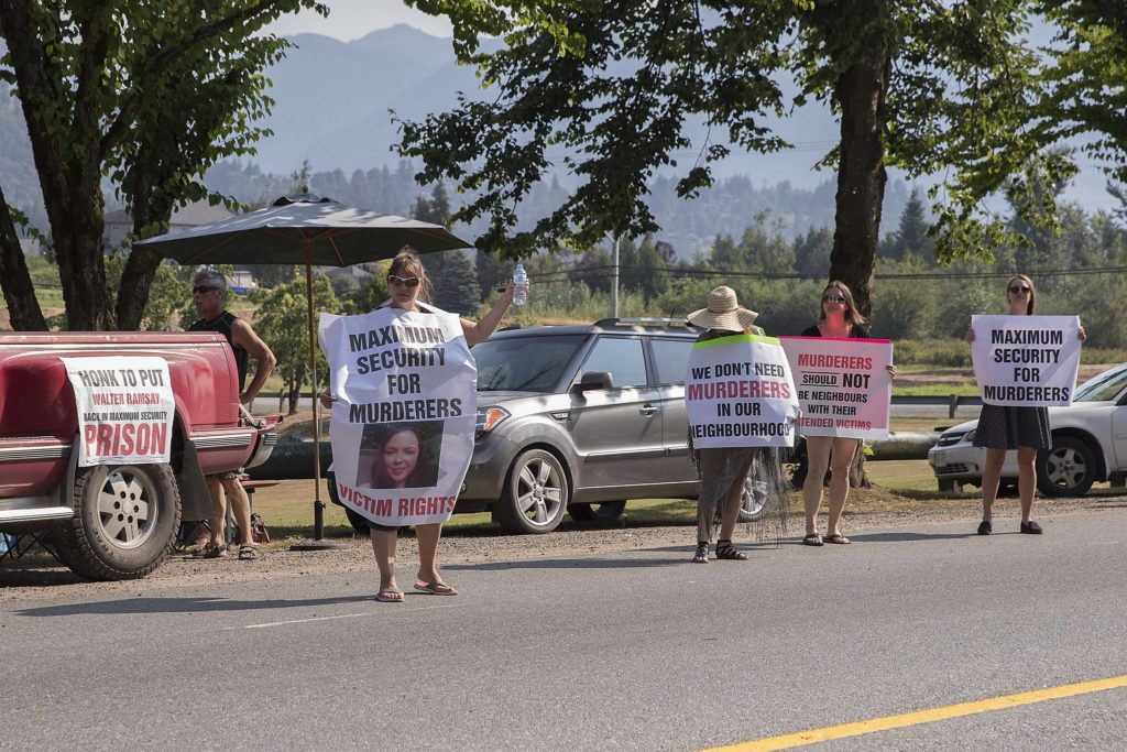 Friends, family of murder victim protest transfer of inmate
