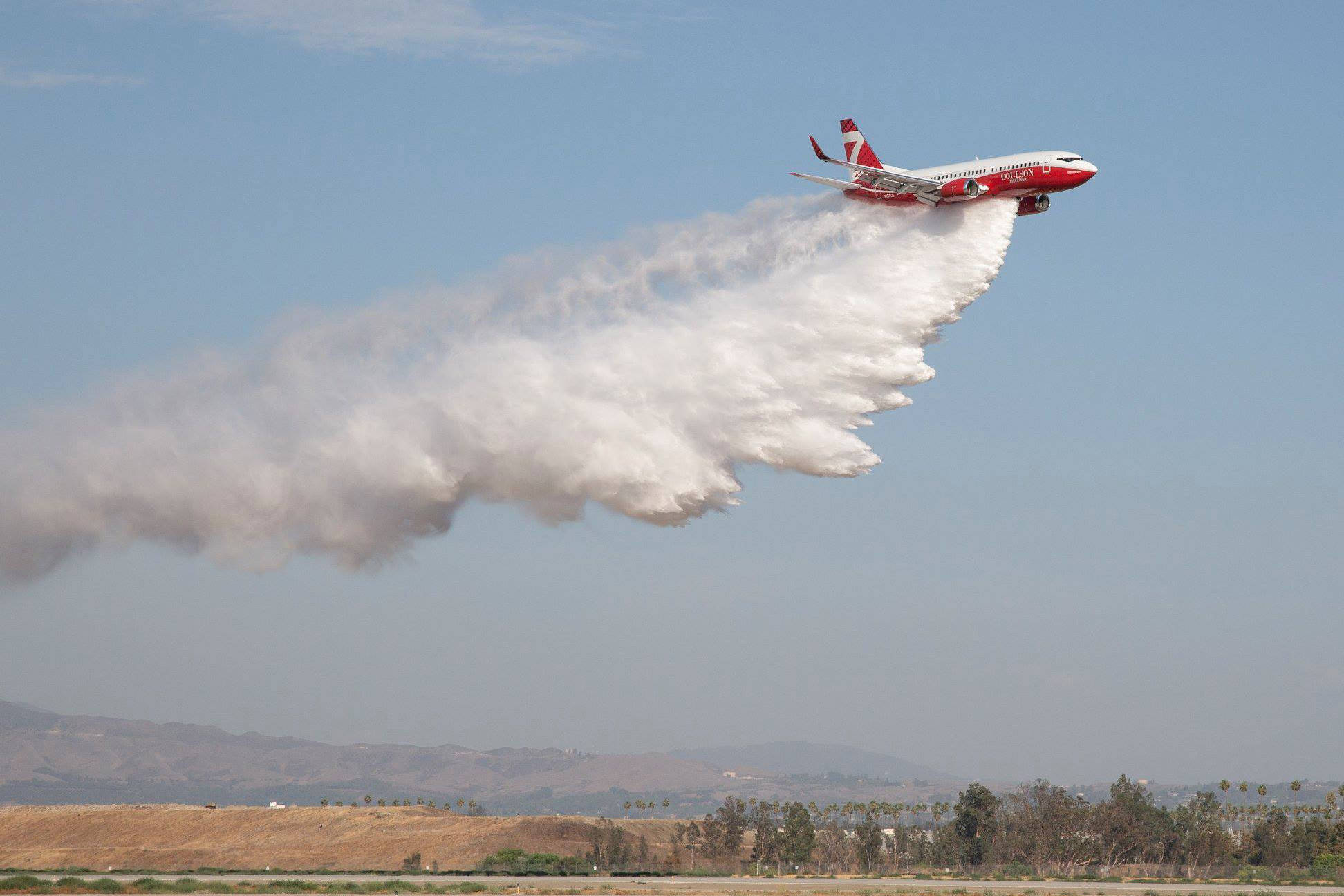 The T-137 Fireliner carries out a series of drops as part of its FAA testing in July. PHOTO COURTESY DAVE CIBLEY