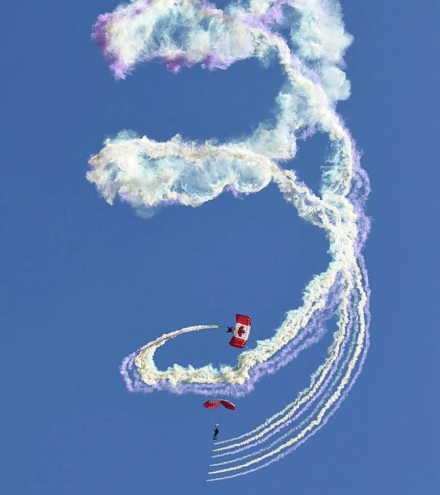 Abbotsford Airshow flies high above the rest 13089821_web1_180810-ABB-Airshow-file_1