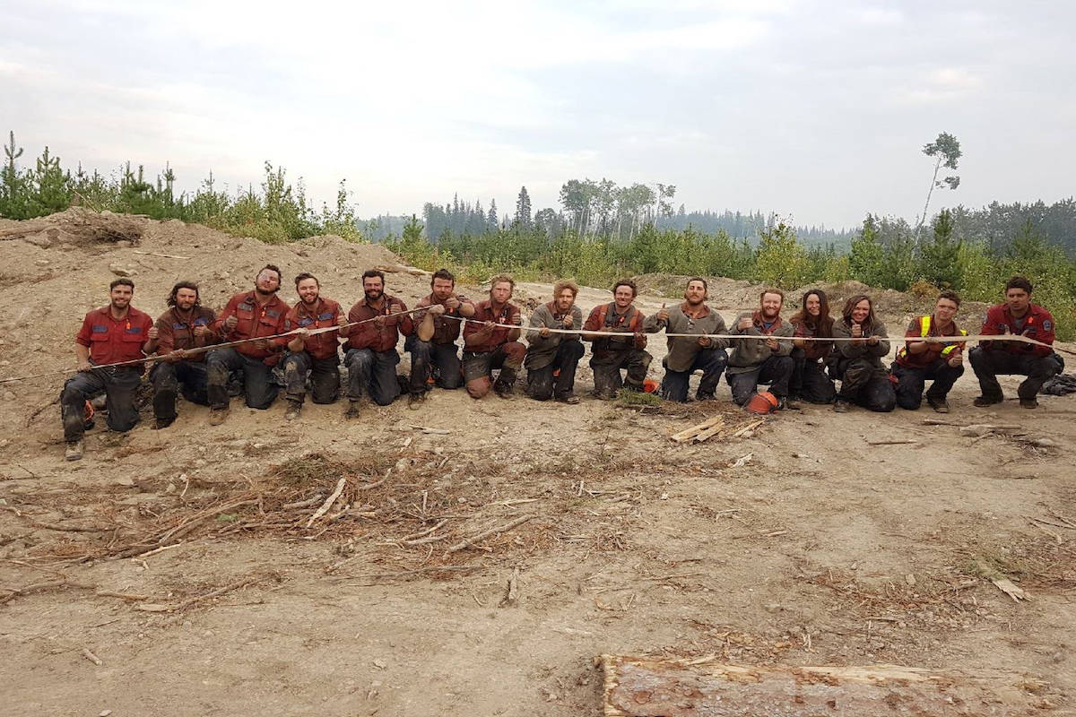 Photo of BC Wildfire Service unit gets thousands of reactions on Facebook