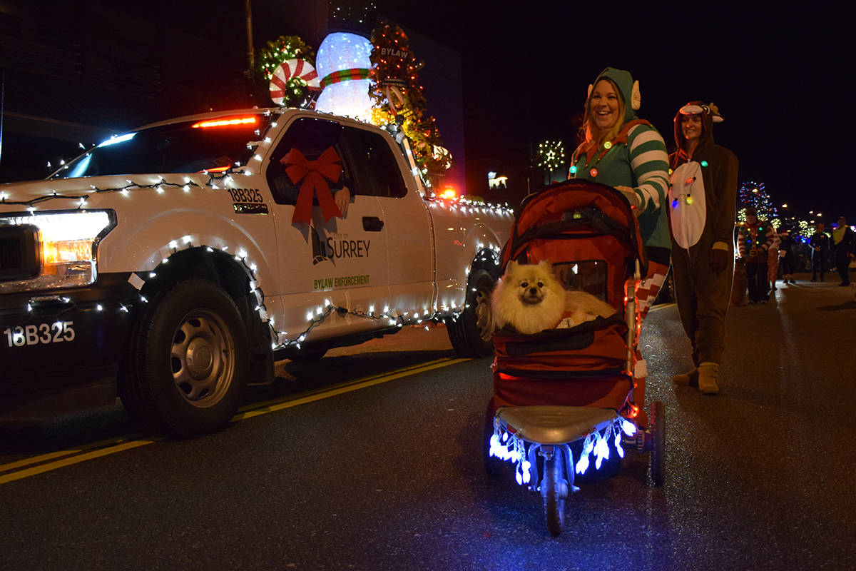 Grizzly Bear rolls through the parade. (Samantha Anderson)