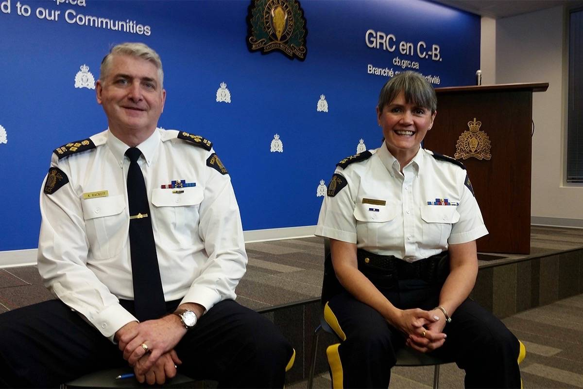 Deputy RCMP Commissioner Brenda Butterworth-Carr and Assistant Commissioner Kevin Hackett, officer in charge of the Combined Forces Special Enforcement Unit of B.C. (Tom Zytaruk/Black Press Media)