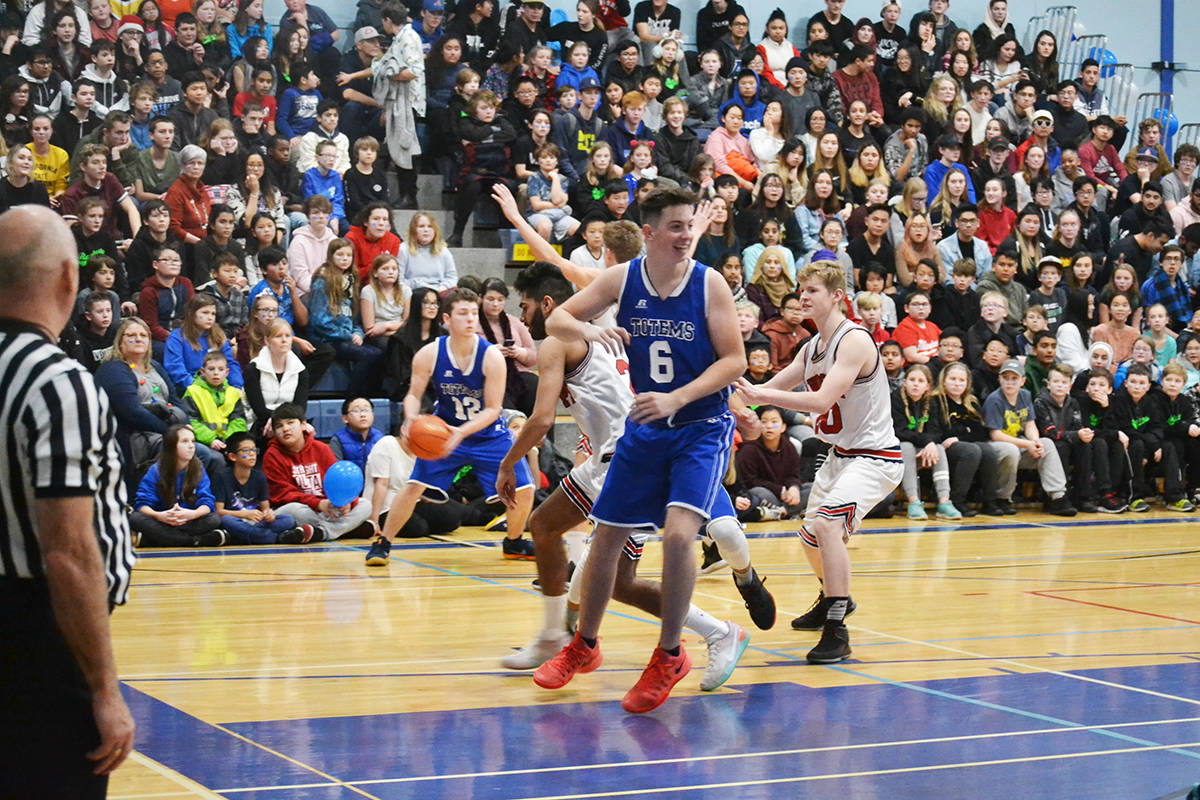 Aldergrove Totems tops in hoops: VIDEO & ACTION PHOTOS