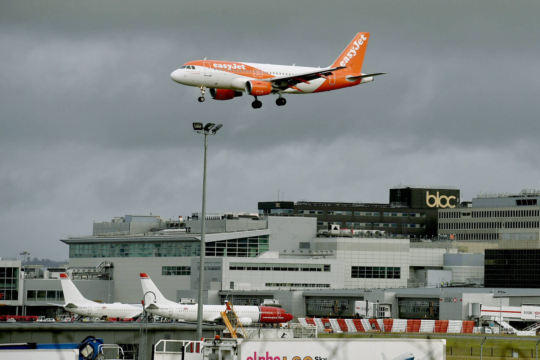 New drone sighting shuts down London's Gatwick, again