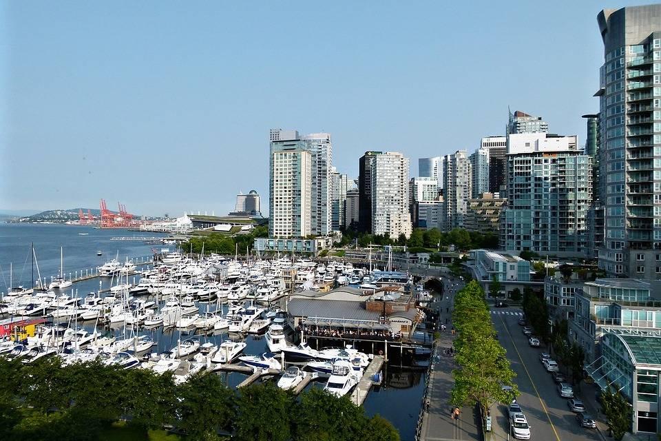 Boats Buildings Vancouver City Coal Harbor Yacht. (Maxpixel photo)