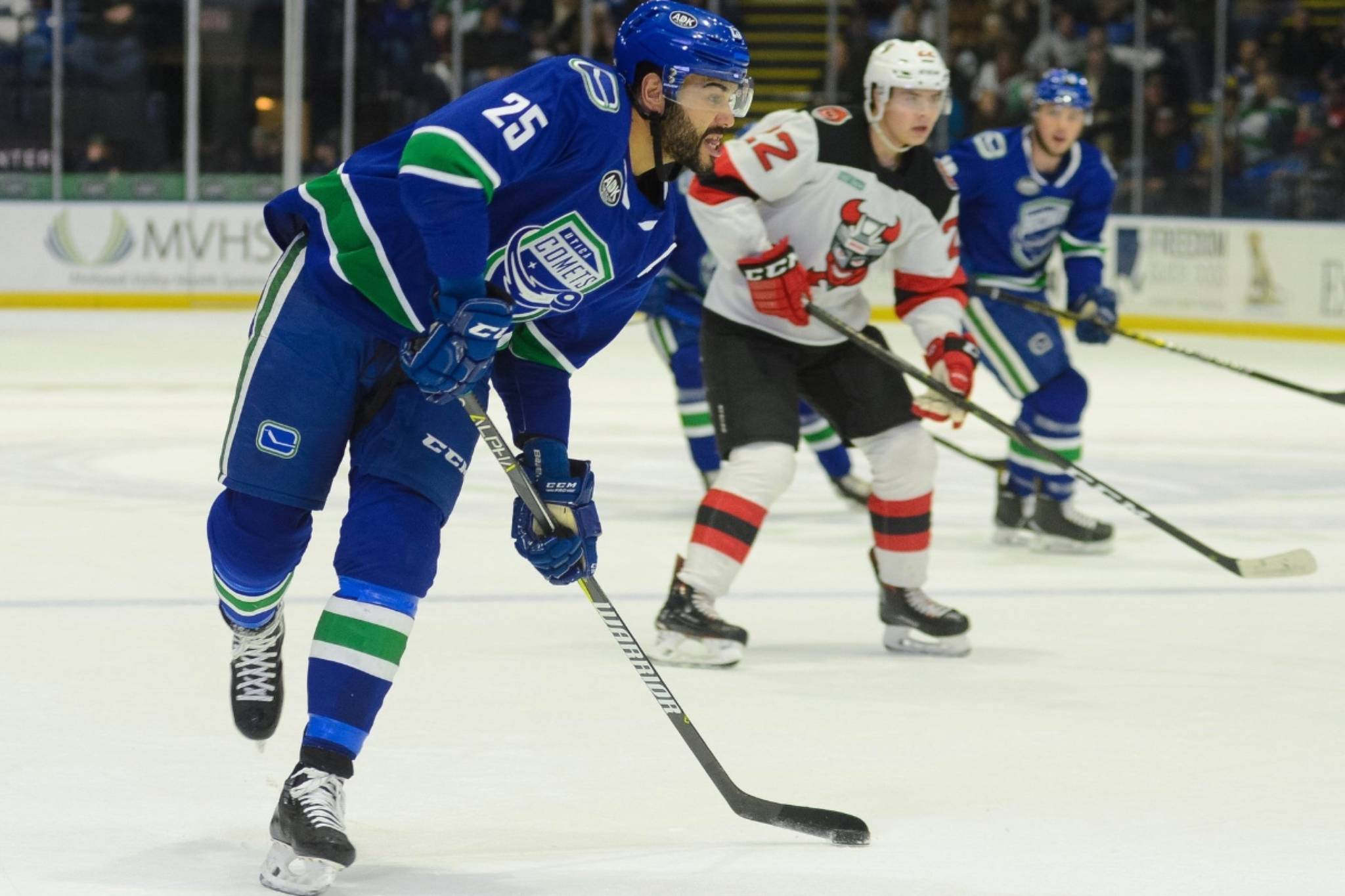 Canucks deal Nilsson and Archibald to Senators for McKenna, Pyatt, draft pick