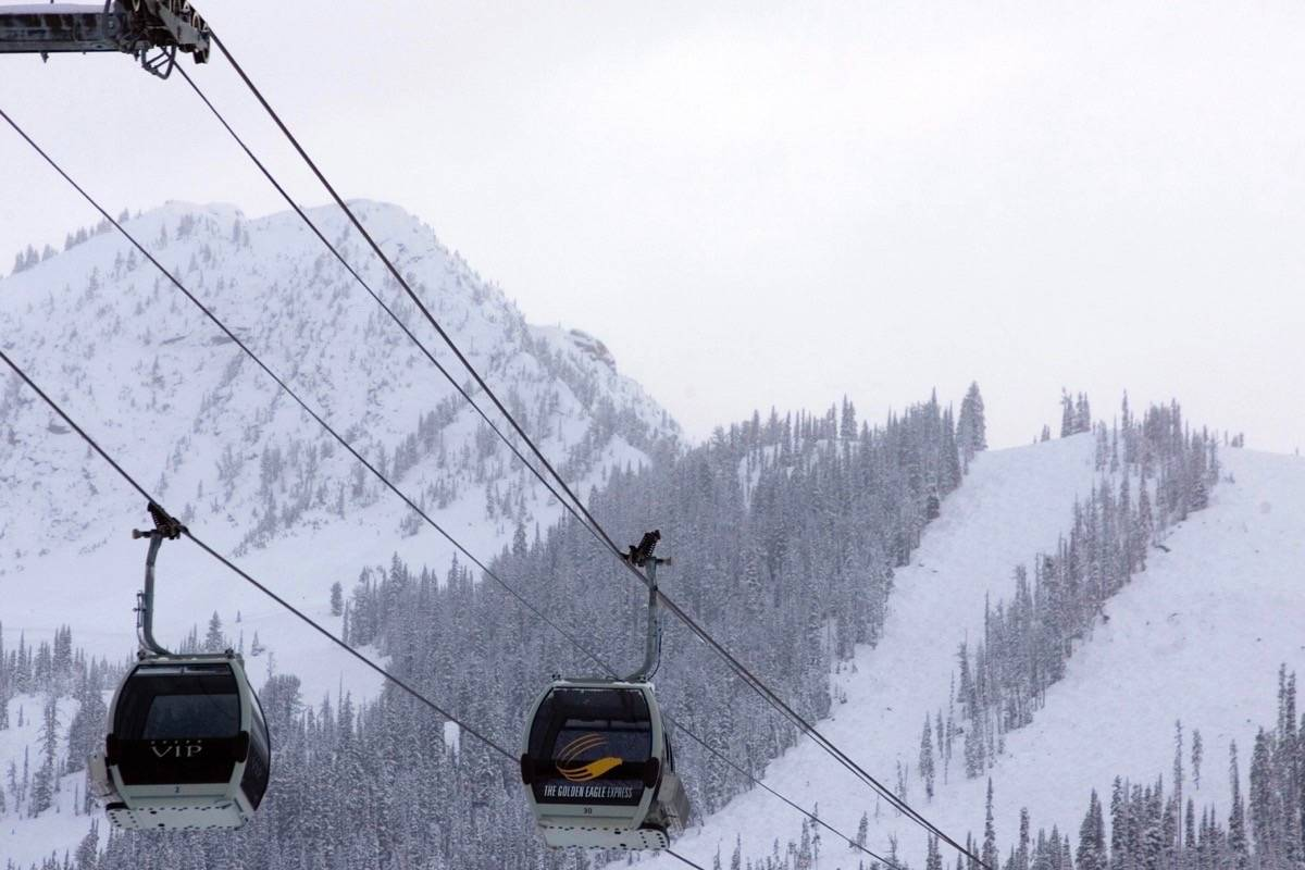 The Golden Eagle Express gondola at Kicking Horse Mountain Resort Golden, B.C. (THE CANADIAN PRESS/Jeff Bassett)