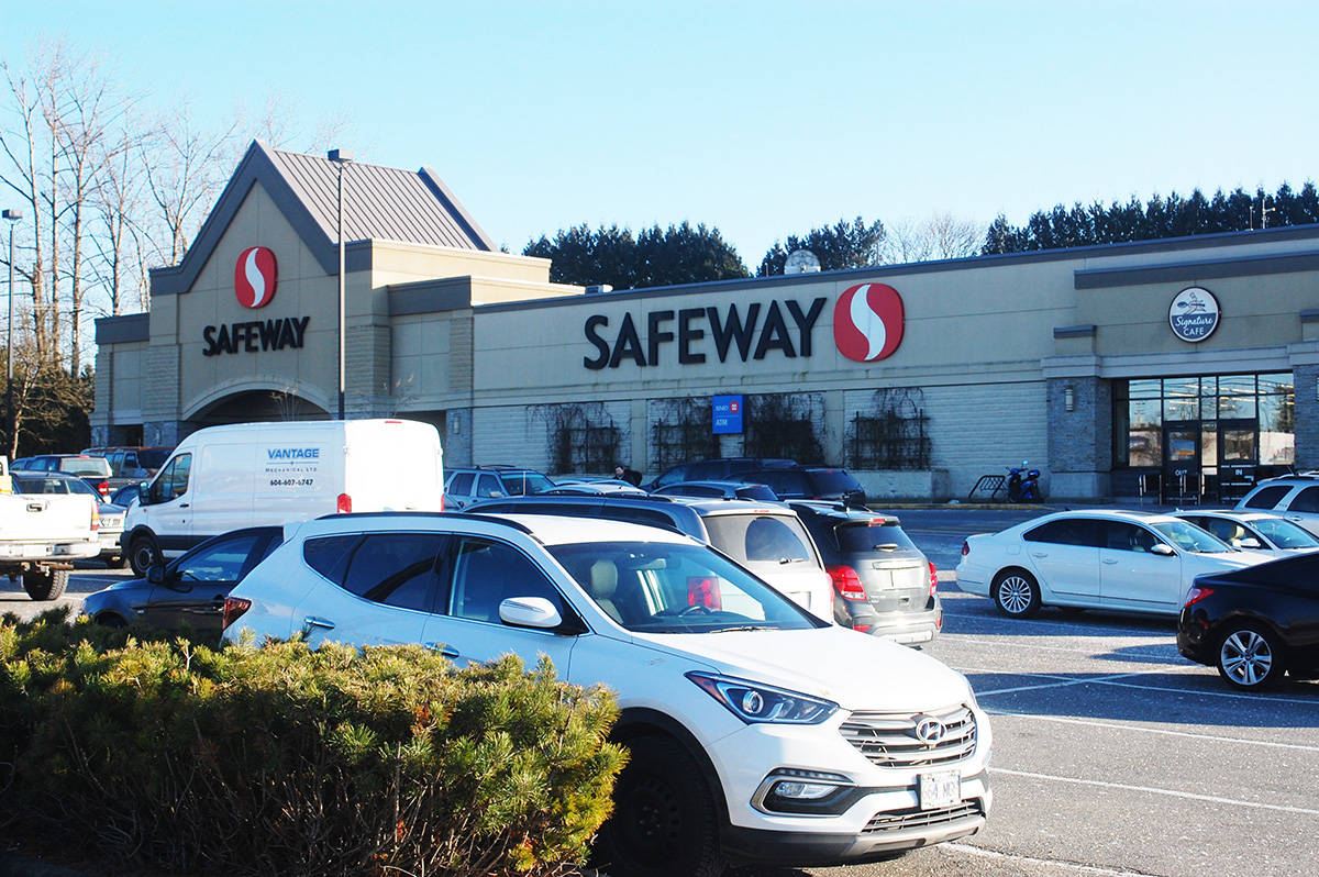 KURT LANGMANN PHOTO: After 40 years the popular Safeway store is closing in May and be renovated to re-open as a FreshCo discount grocery store.