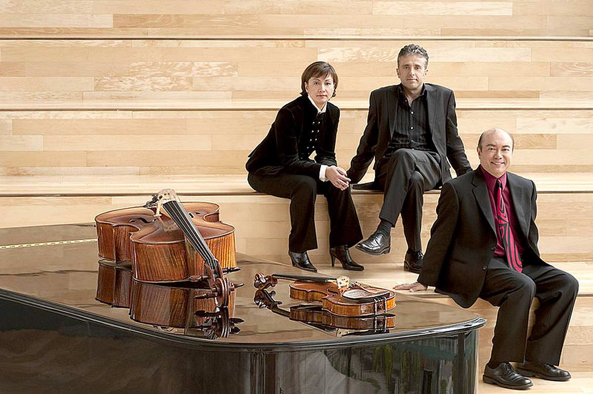 VIDEO: Juno award-winning Gryphon Trio performs in Langley