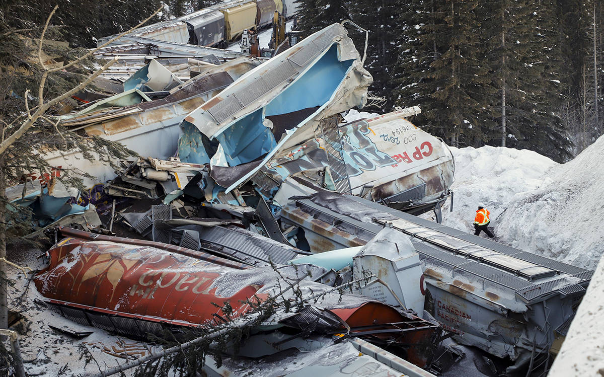 B.C. train that derailed and killed three 'just started moving on its own'