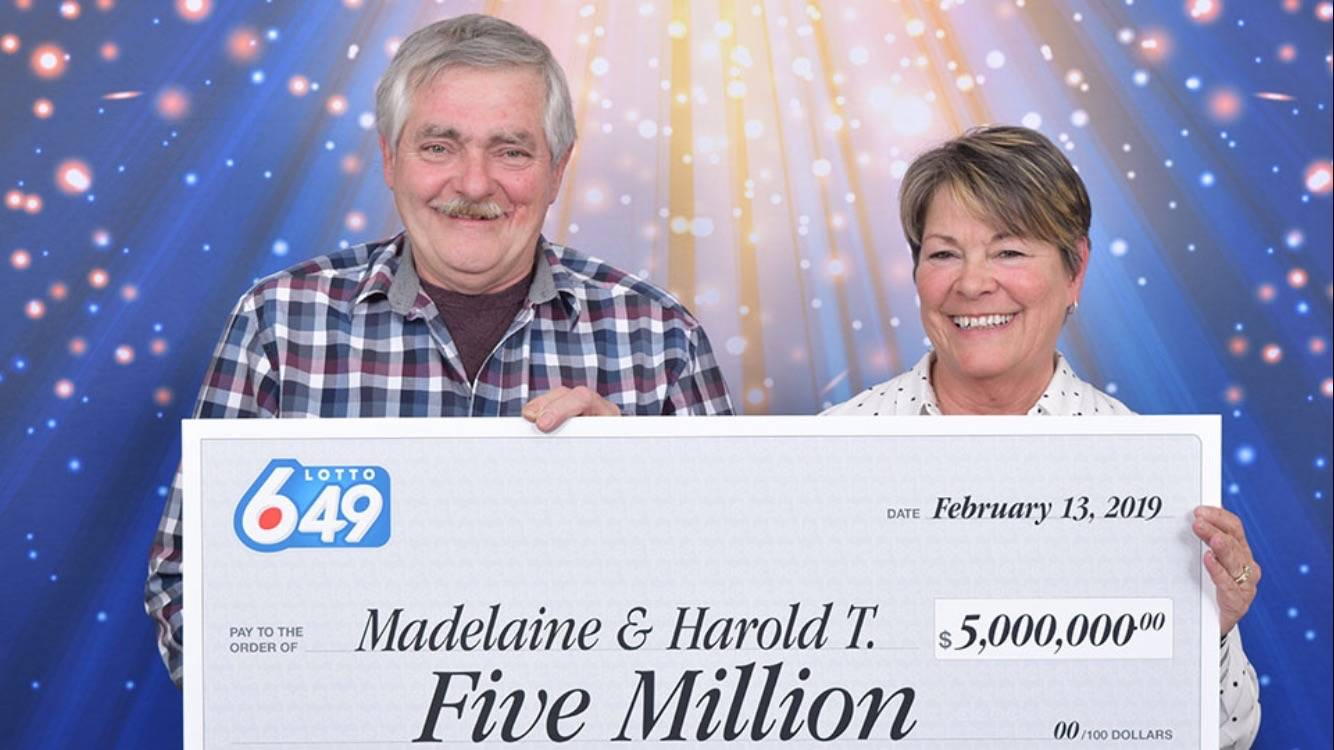 Harold and Madelaine Thomas of Port Alberni won $5 million in a Lotto 6/49 draw. SUBMITTED PHOTO