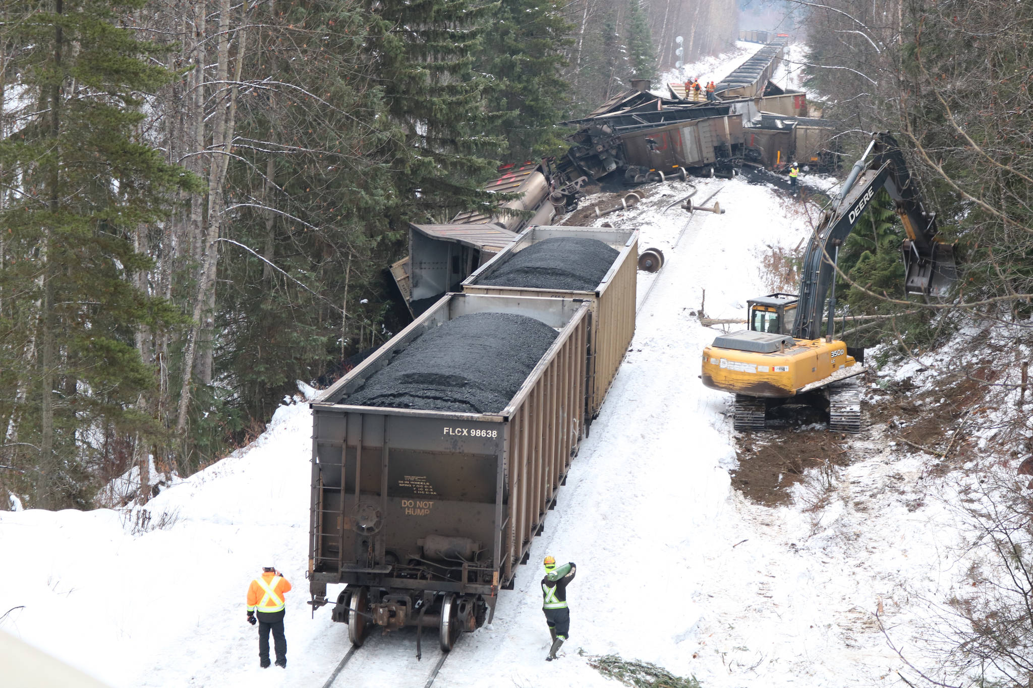 Broken axle caused New Hazelton train derailment: TSB