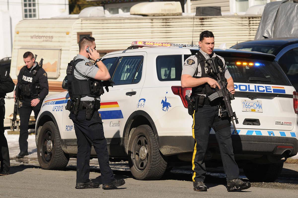 RCMP on scene of a shooting on Victor Street near Bole Avenue in Chilliwack. (Jenna Hauck/ The Progress)